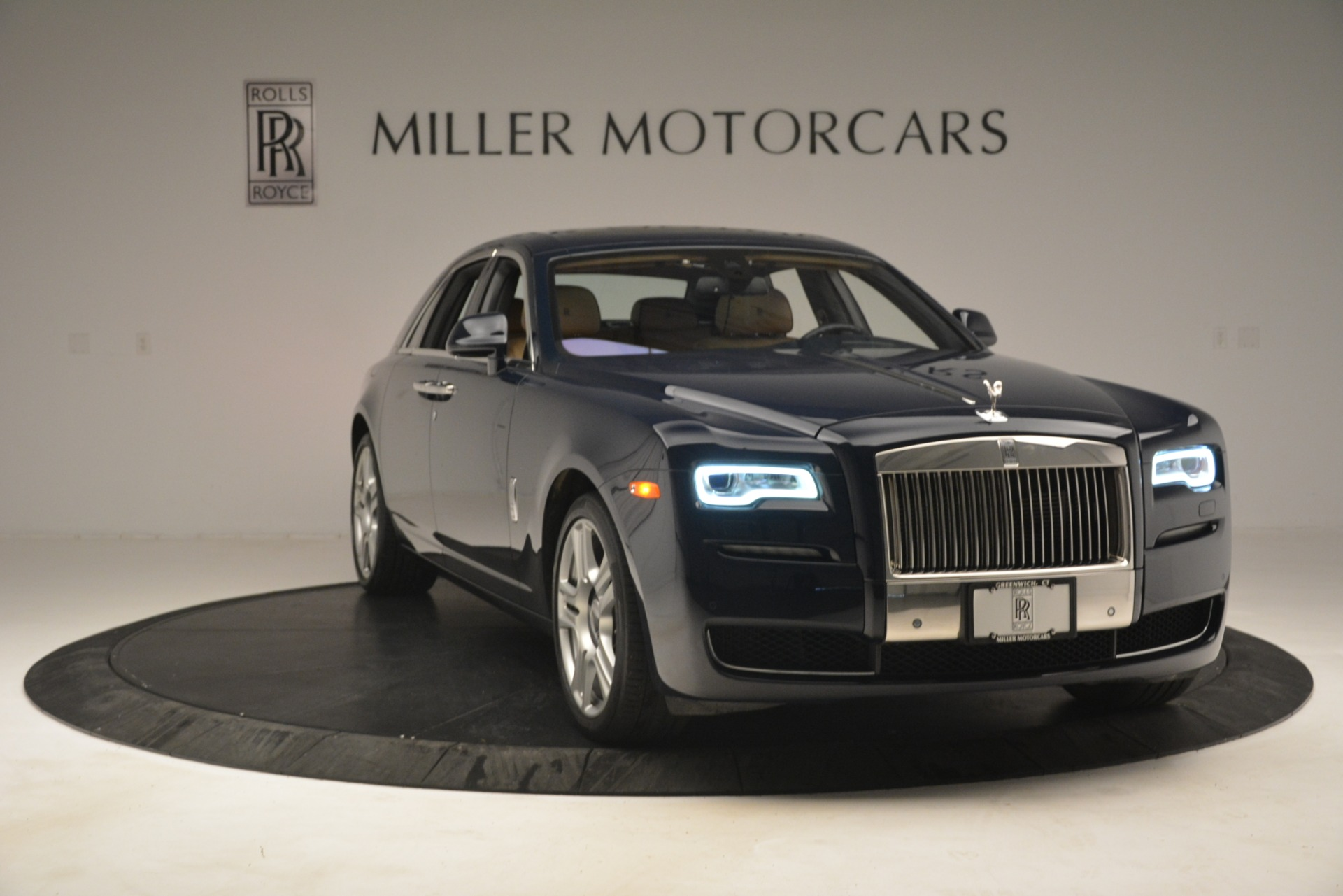 Used 2015 Rolls-Royce Ghost  For Sale In Greenwich, CT 3113_p15