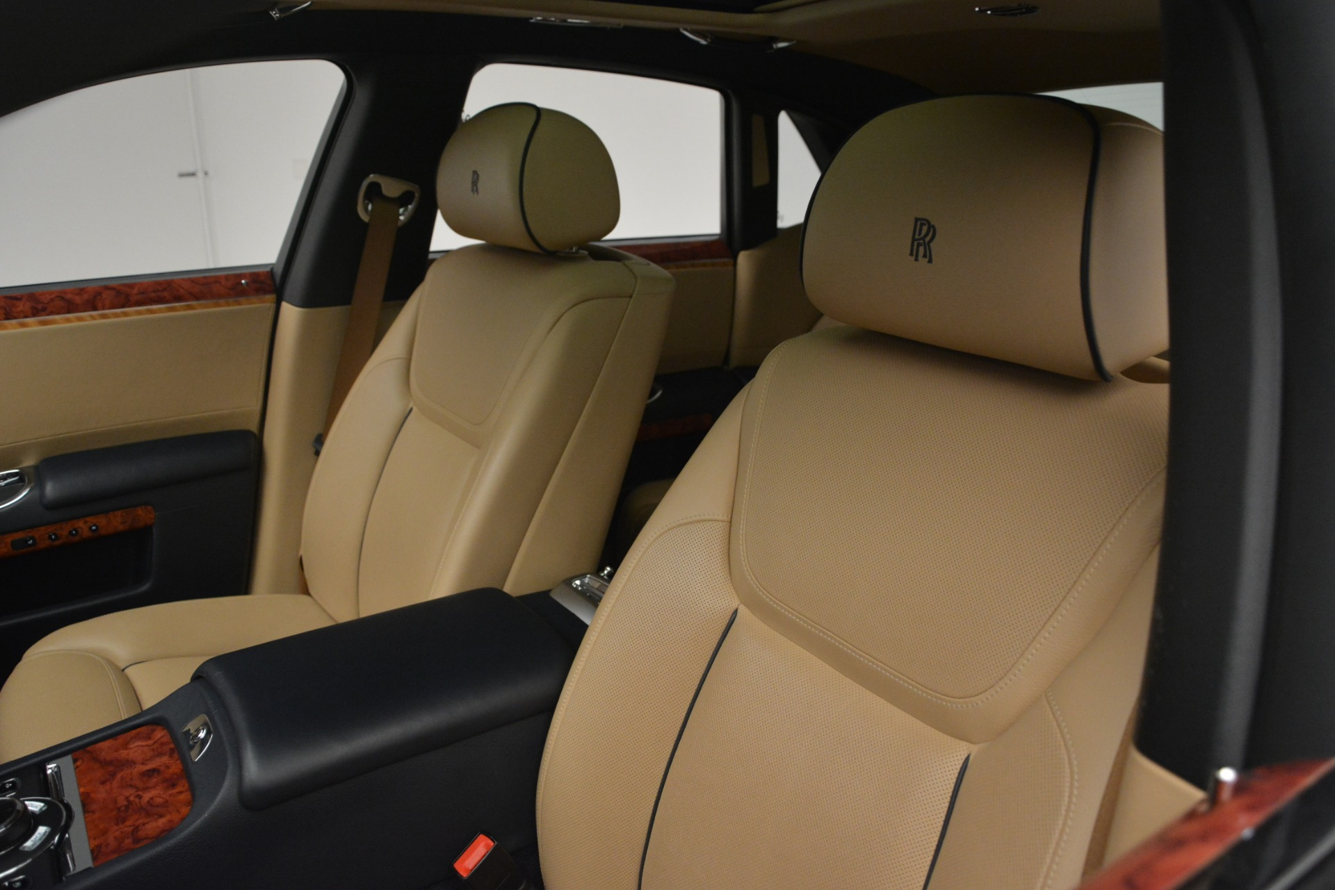 Used 2015 Rolls-Royce Ghost  For Sale In Greenwich, CT 3113_p16