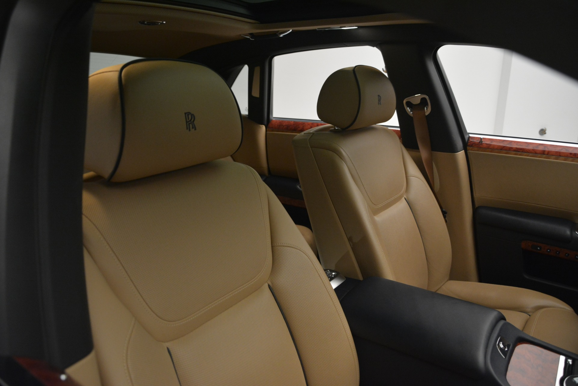 Used 2015 Rolls-Royce Ghost  For Sale In Greenwich, CT 3113_p17