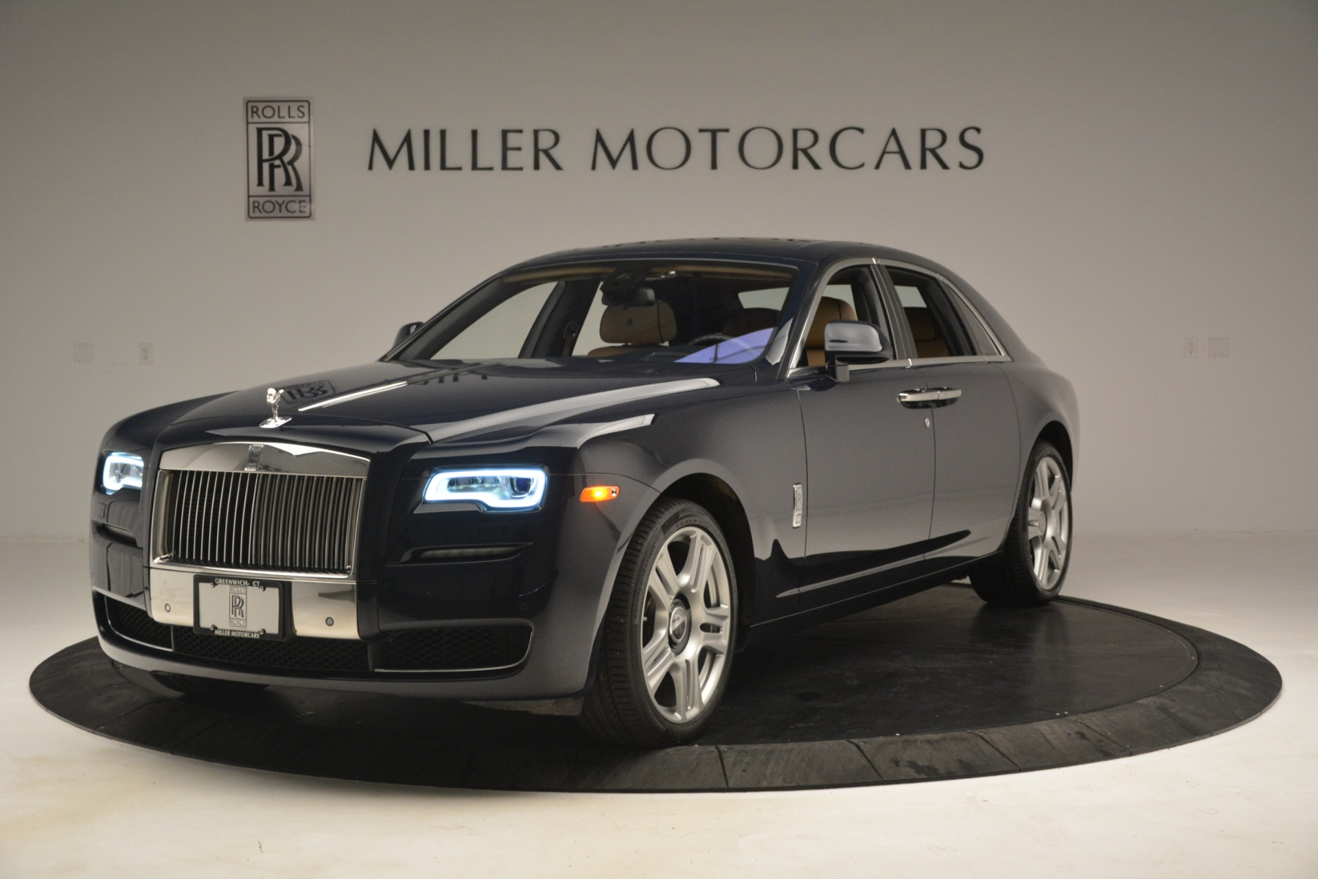 Used 2015 Rolls-Royce Ghost  For Sale In Greenwich, CT 3113_p3