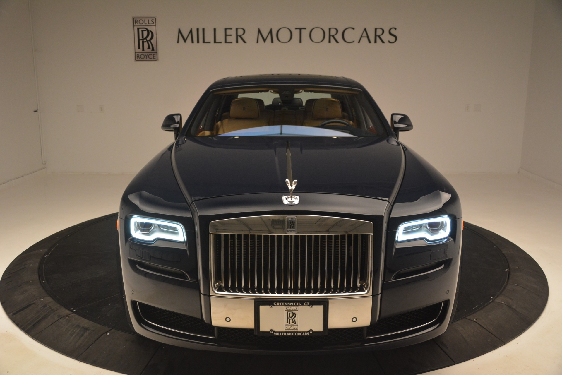 Used 2015 Rolls-Royce Ghost  For Sale In Greenwich, CT 3113_p45