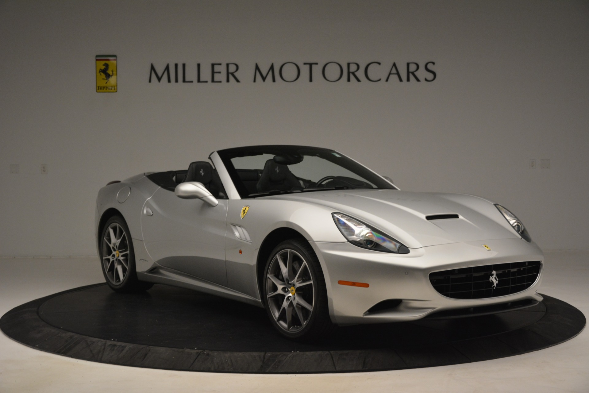 Used 2012 Ferrari California  For Sale In Greenwich, CT 3117_p11