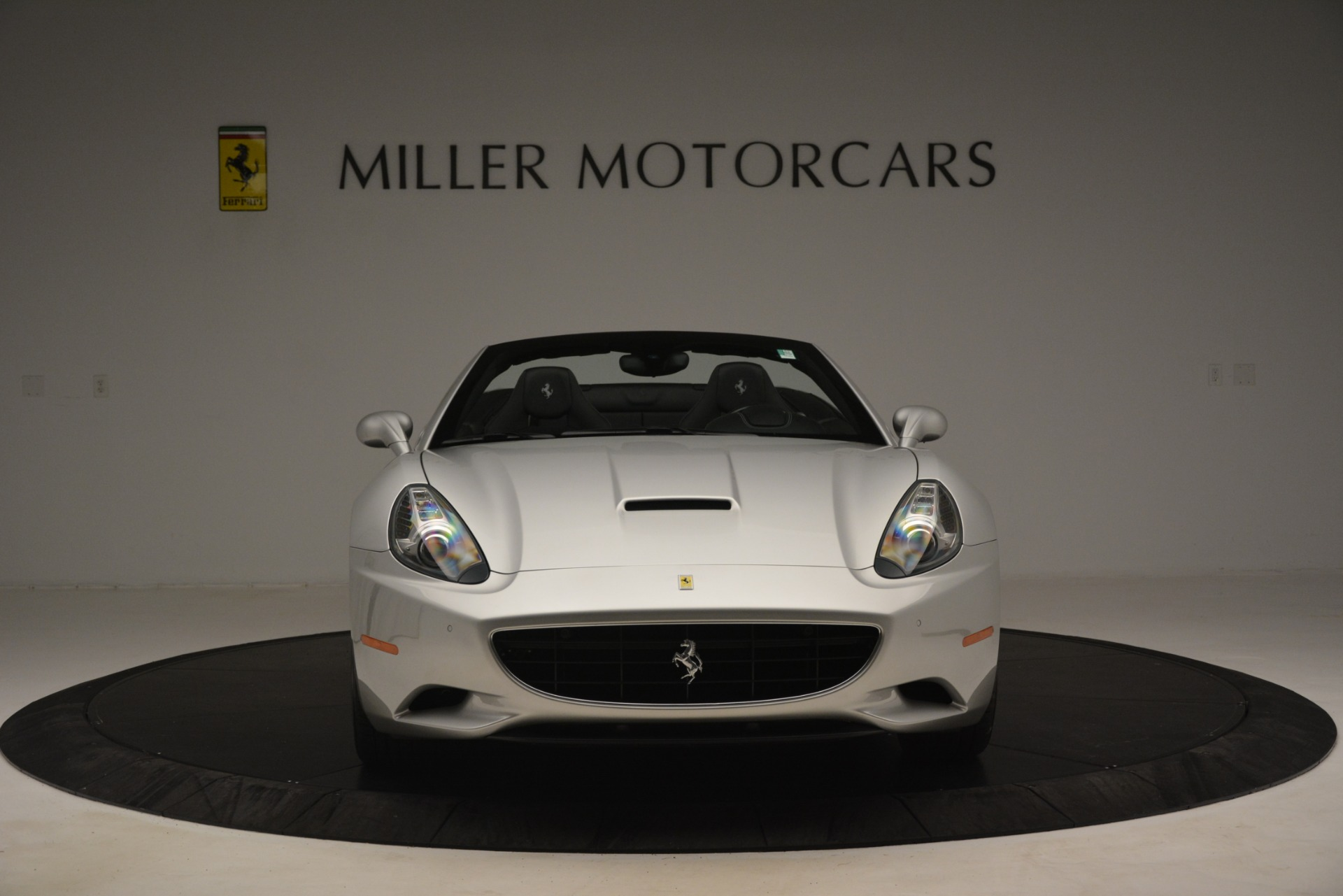Used 2012 Ferrari California  For Sale In Greenwich, CT 3117_p12