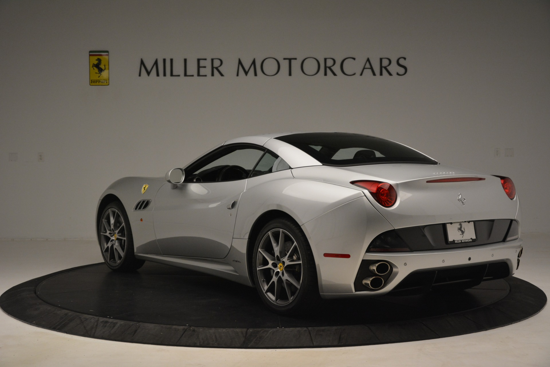 Used 2012 Ferrari California  For Sale In Greenwich, CT 3117_p15