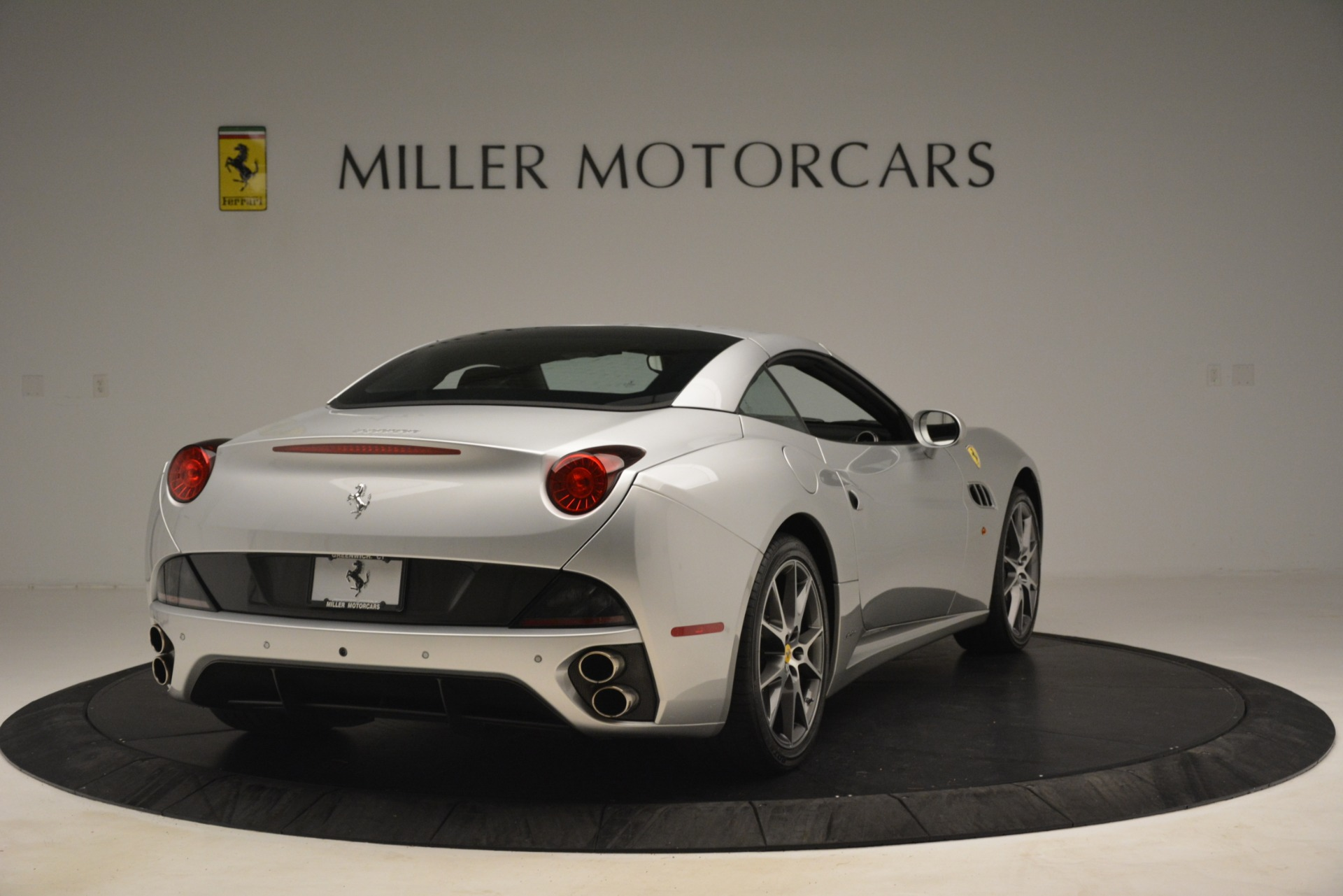 Used 2012 Ferrari California  For Sale In Greenwich, CT 3117_p16