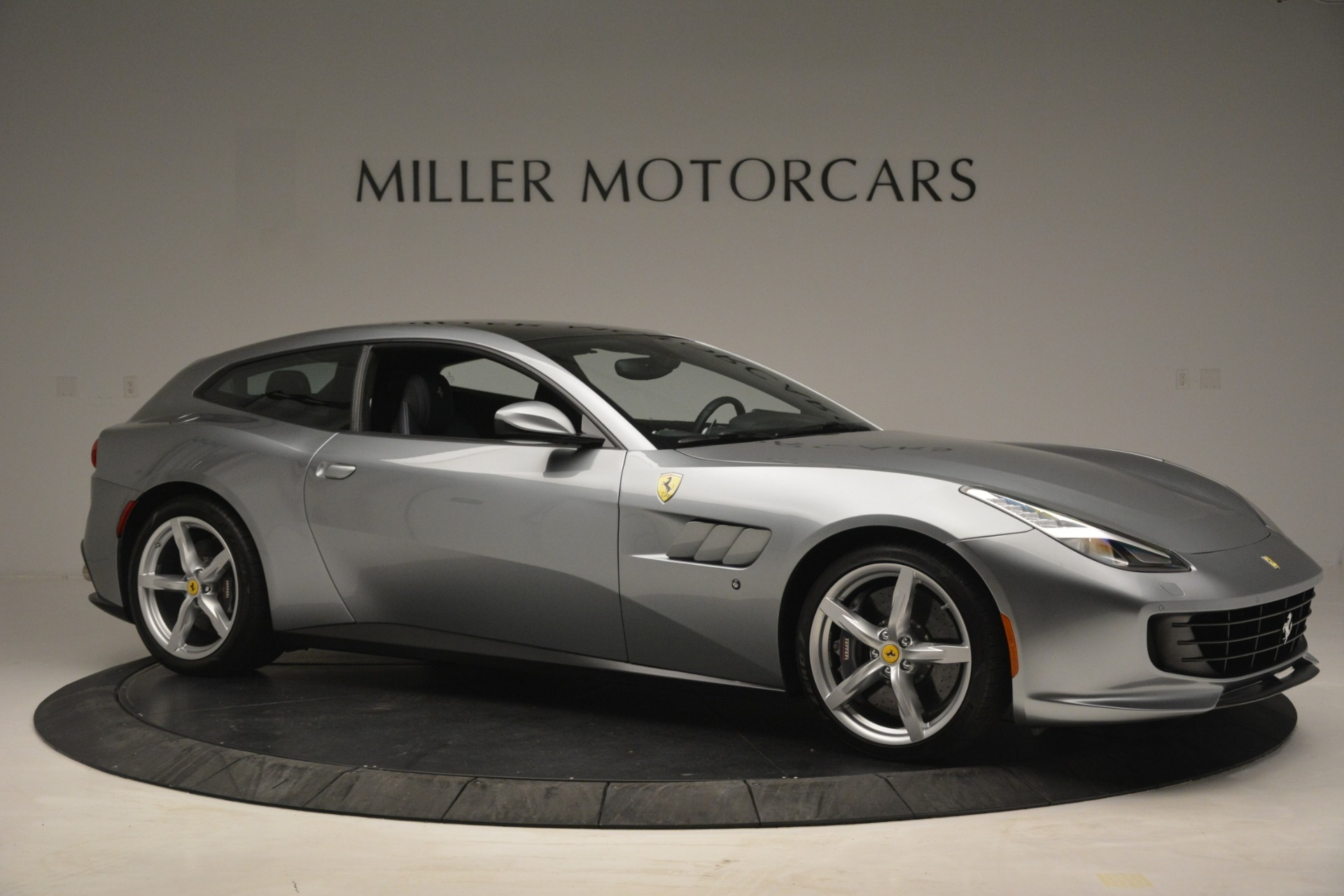 Used 2017 Ferrari GTC4Lusso  For Sale In Greenwich, CT 3119_p10