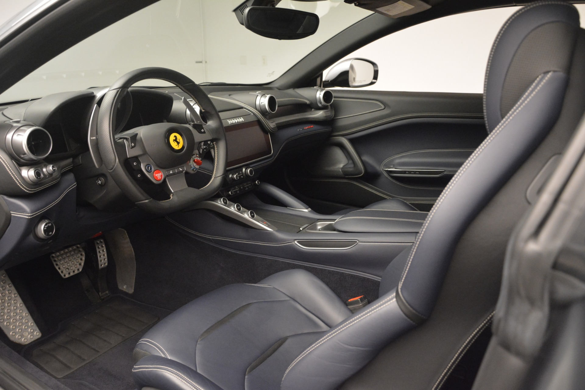 Used 2017 Ferrari GTC4Lusso  For Sale In Greenwich, CT 3119_p13
