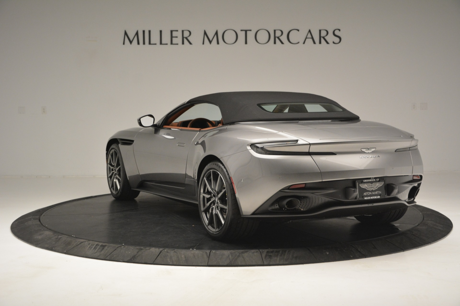 New 2019 Aston Martin DB11 V8 Convertible For Sale In Greenwich, CT 3121_p16