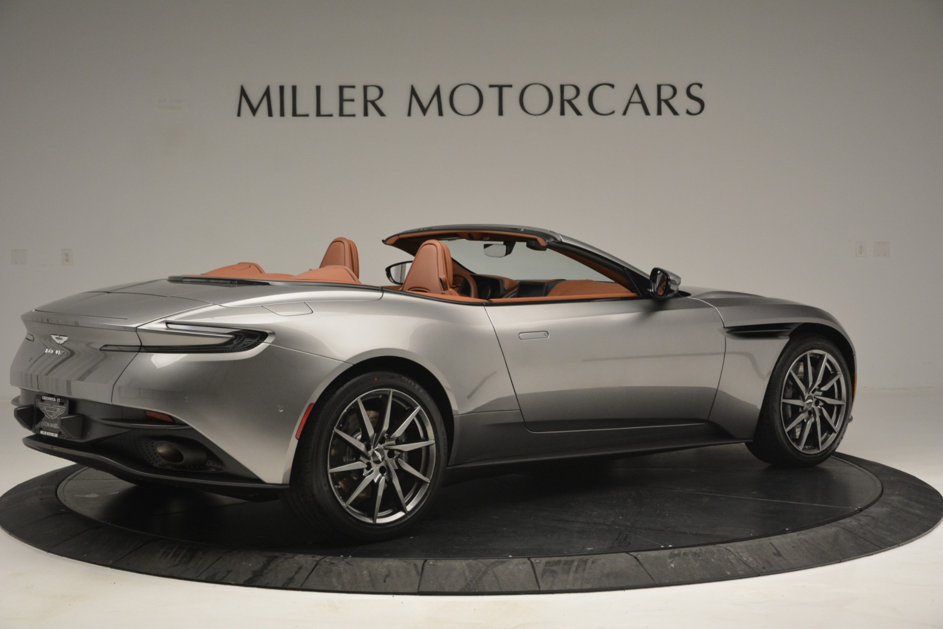 New 2019 Aston Martin DB11 V8 Convertible For Sale In Greenwich, CT 3121_p8
