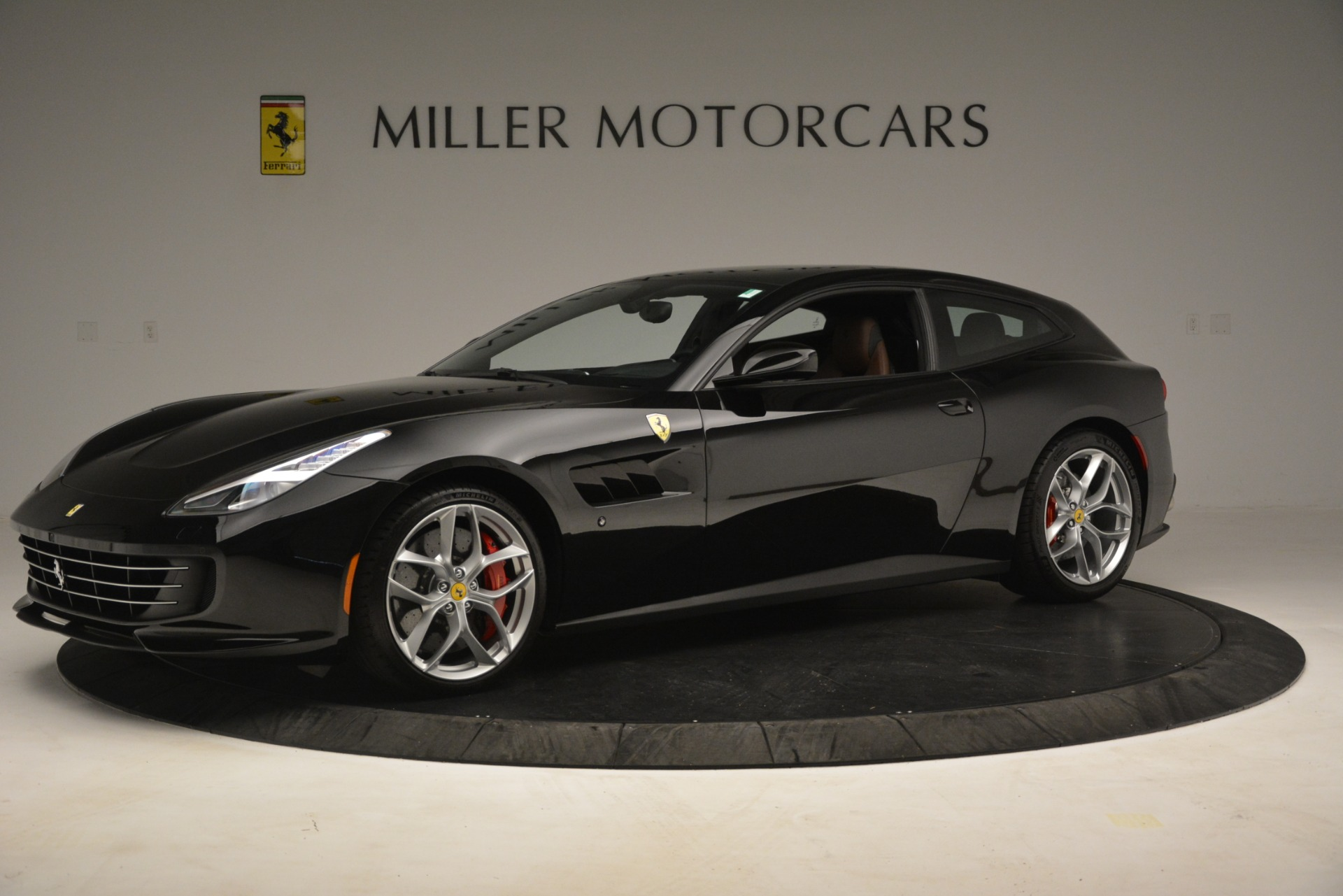 Used 2018 Ferrari GTC4Lusso T  For Sale In Greenwich, CT 3125_p2