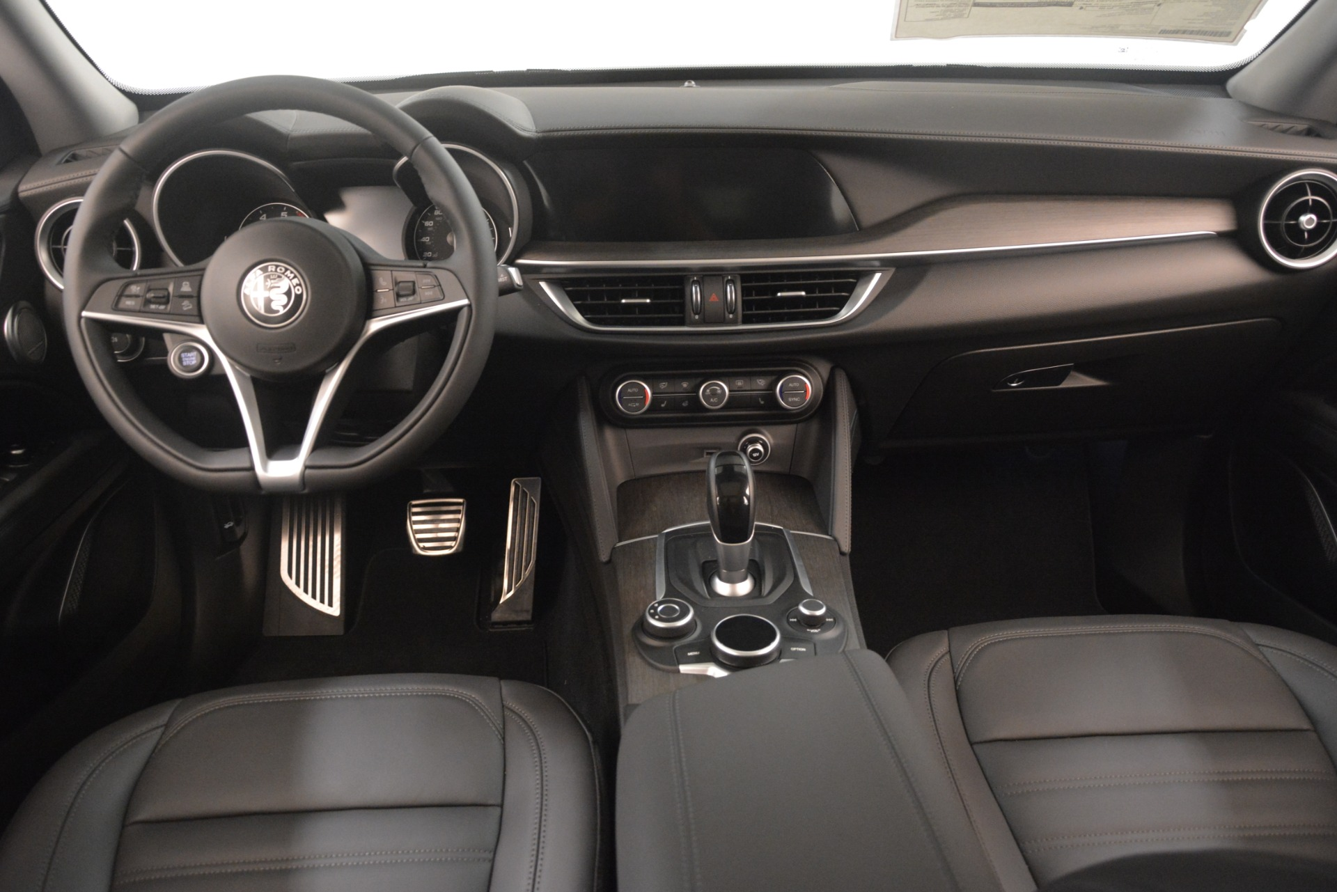 New 2019 Alfa Romeo Stelvio Ti Lusso Q4 For Sale In Greenwich, CT 3129_p16