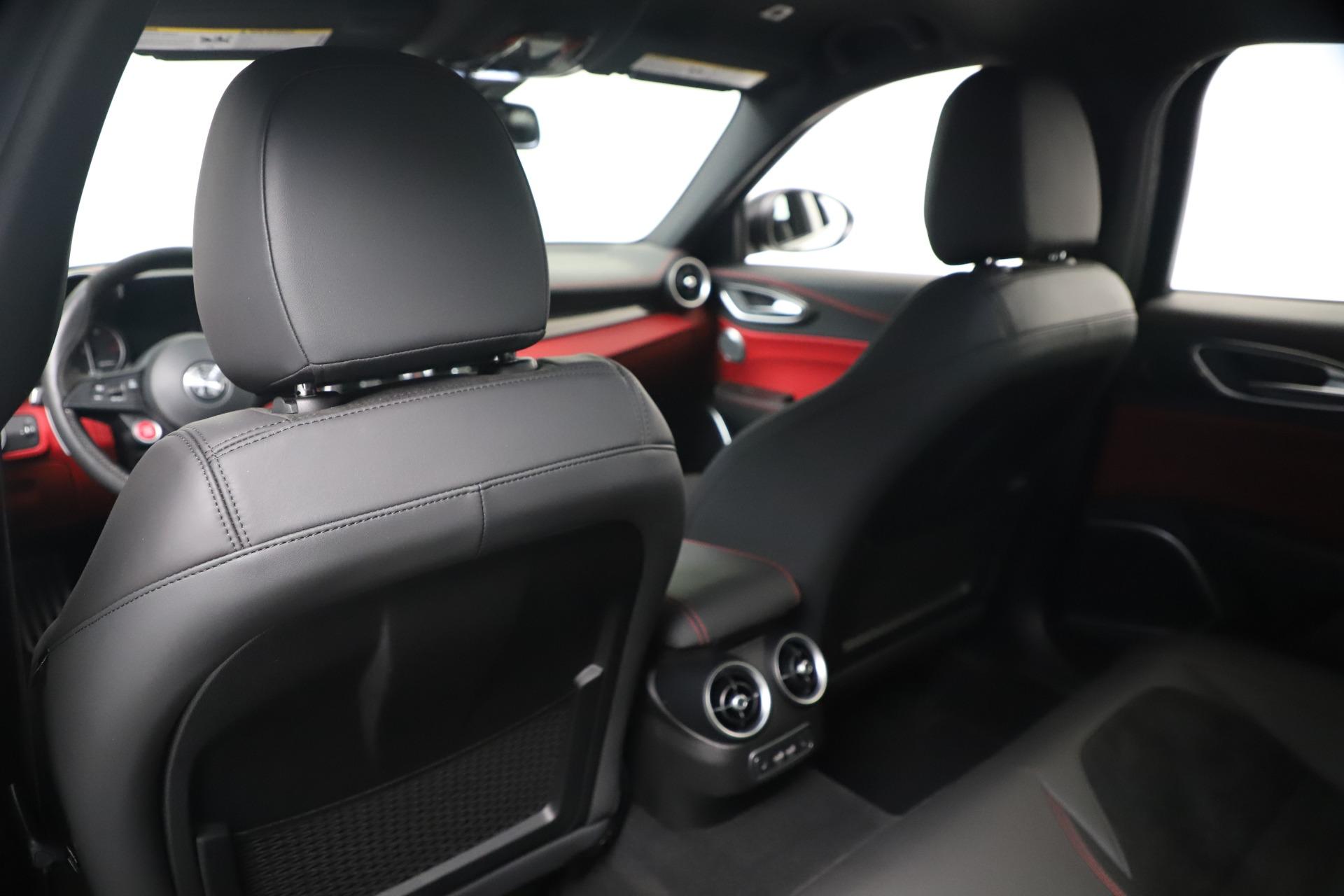New 2019 Alfa Romeo Giulia Quadrifoglio For Sale In Greenwich, CT 3130_p20