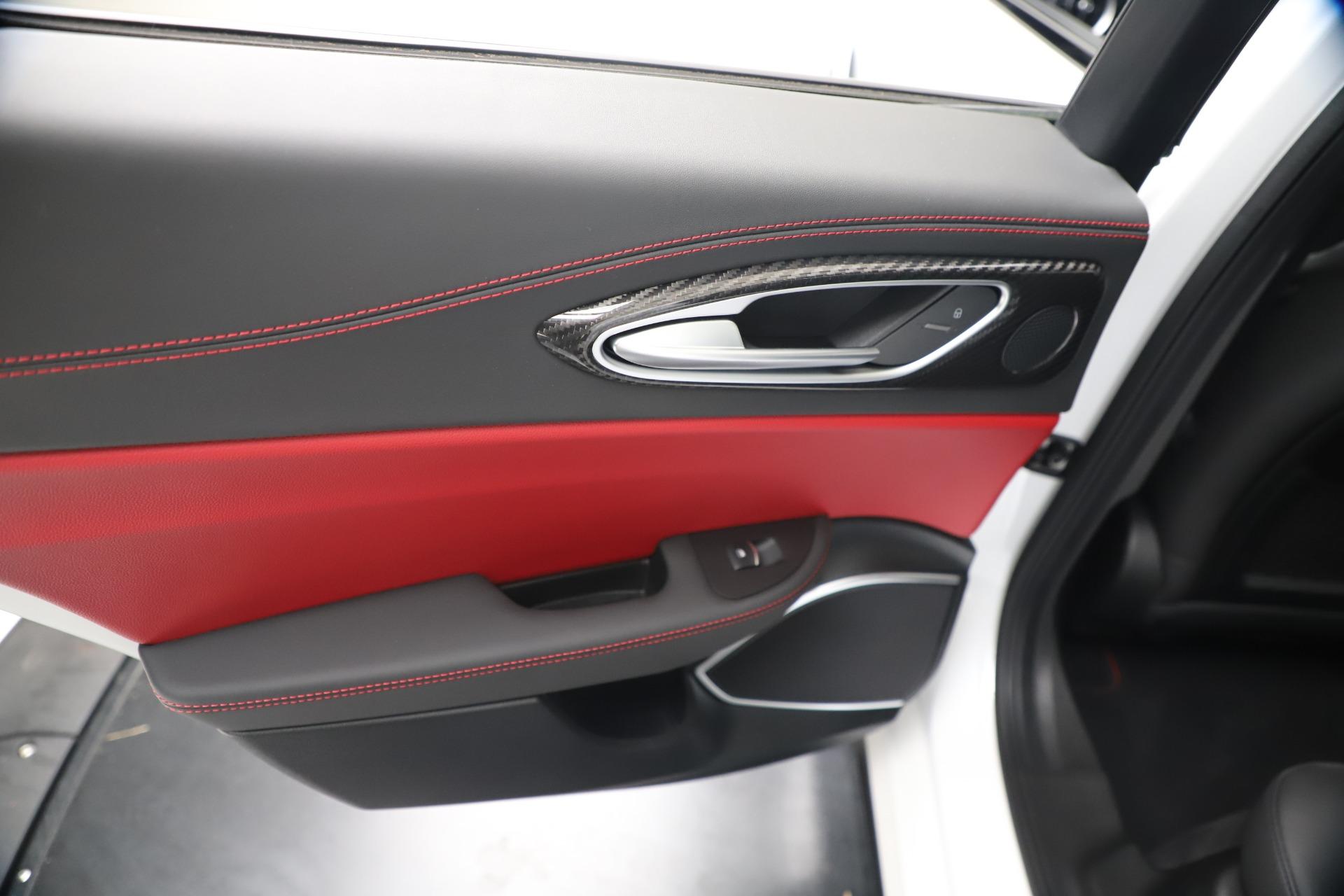 New 2019 Alfa Romeo Giulia Quadrifoglio For Sale In Greenwich, CT 3130_p21