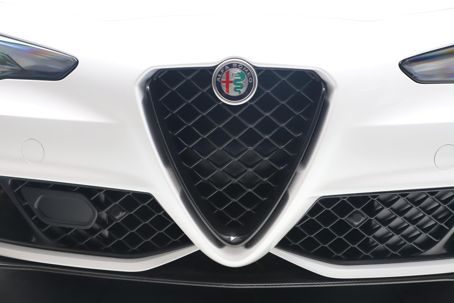 New 2019 Alfa Romeo Giulia Quadrifoglio For Sale In Greenwich, CT 3130_p31