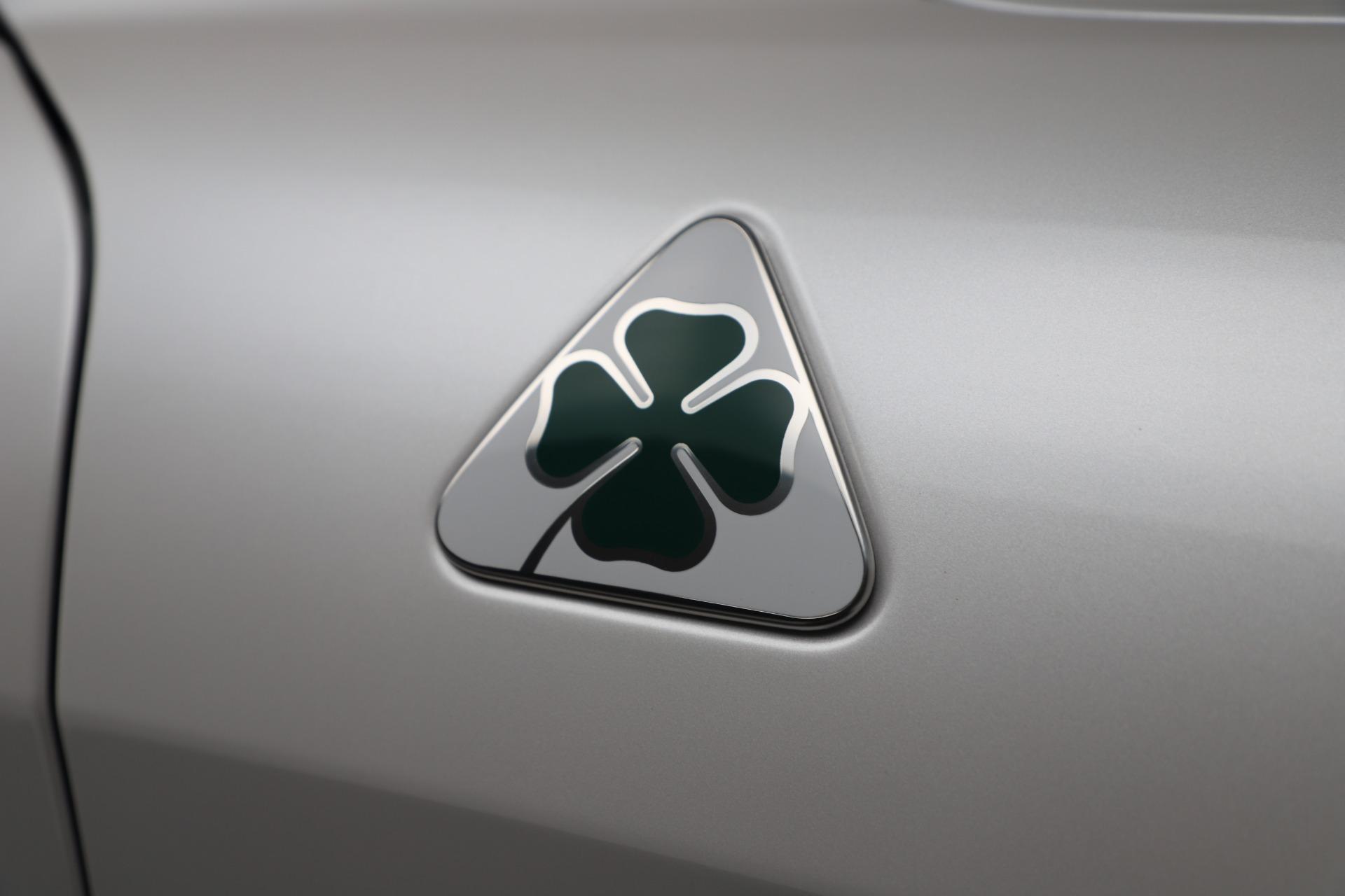 New 2019 Alfa Romeo Giulia Quadrifoglio For Sale In Greenwich, CT 3130_p33