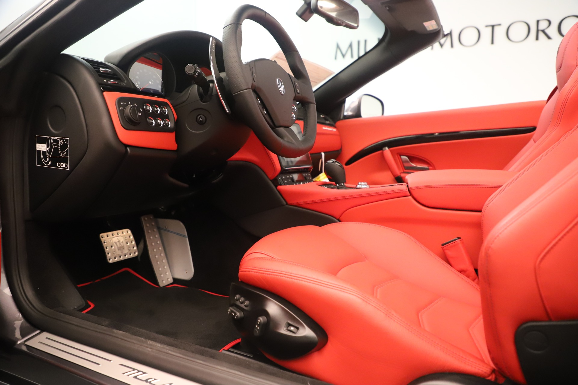 New 2018 Maserati GranTurismo Sport Convertible For Sale In Greenwich, CT 3131_p20