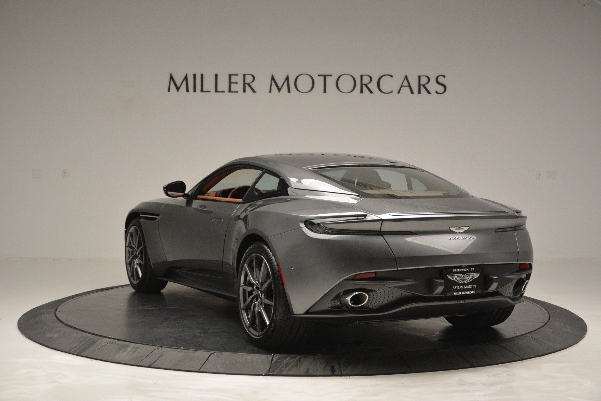 New 2019 Aston Martin DB11 V8 Coupe For Sale In Greenwich, CT 3134_p5