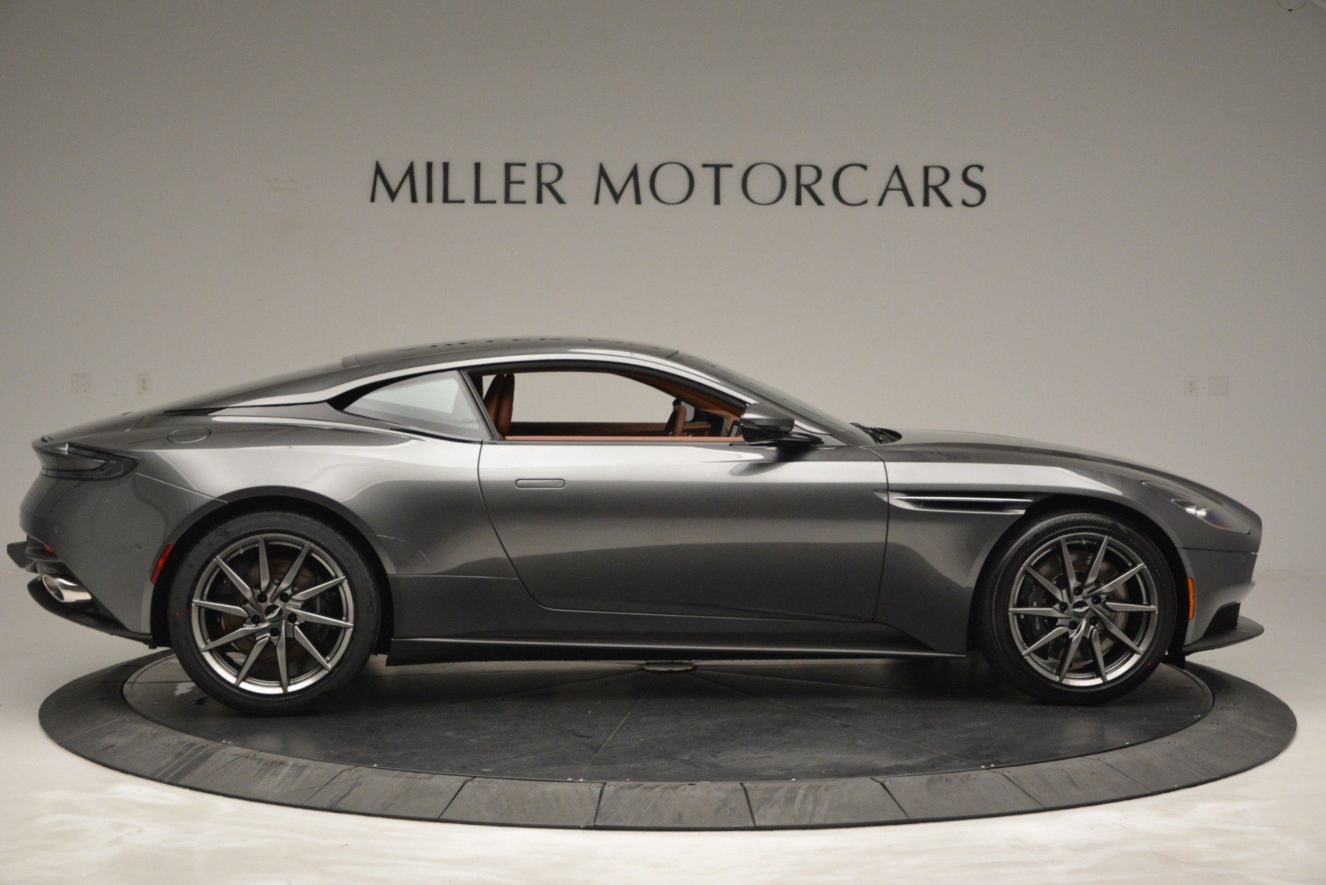 New 2019 Aston Martin DB11 V8 For Sale In Greenwich, CT 3134_p9
