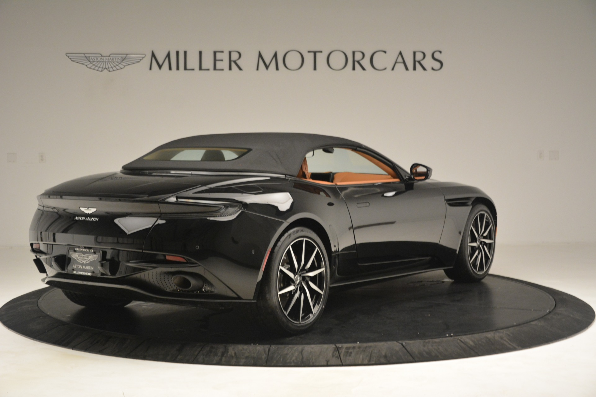 New 2019 Aston Martin DB11 V8 Convertible For Sale In Greenwich, CT 3135_p16