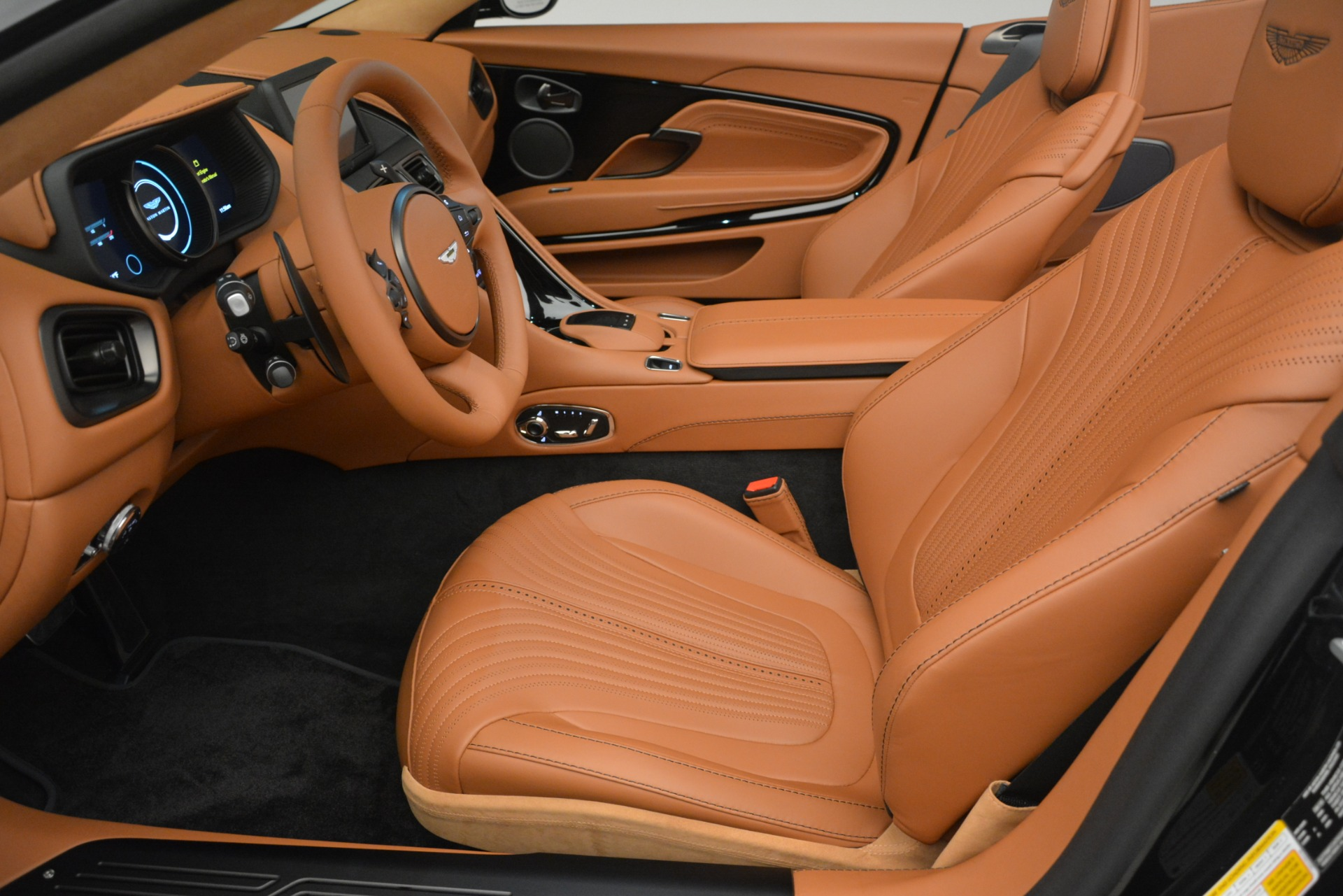 New 2019 Aston Martin DB11 V8 Convertible For Sale In Greenwich, CT 3135_p21