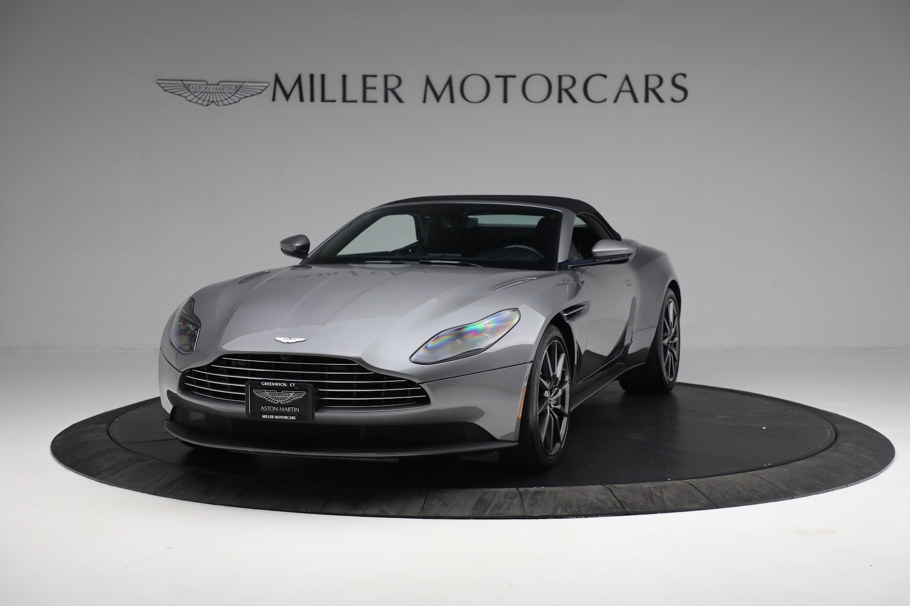 New 2019 Aston Martin DB11 V8 Convertible For Sale In Greenwich, CT 3136_p12