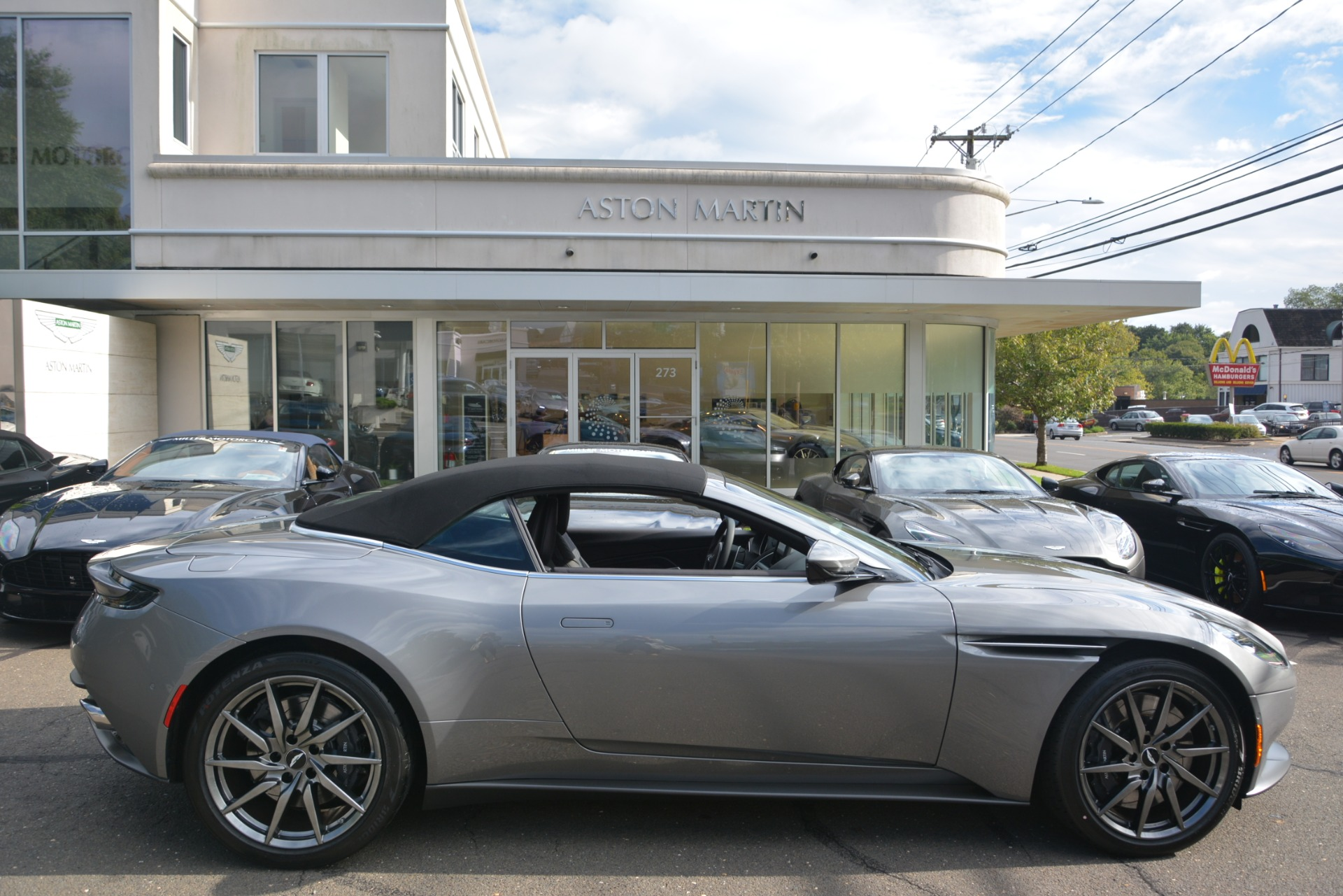 New 2019 Aston Martin DB11 V8 Convertible For Sale In Greenwich, CT 3136_p27