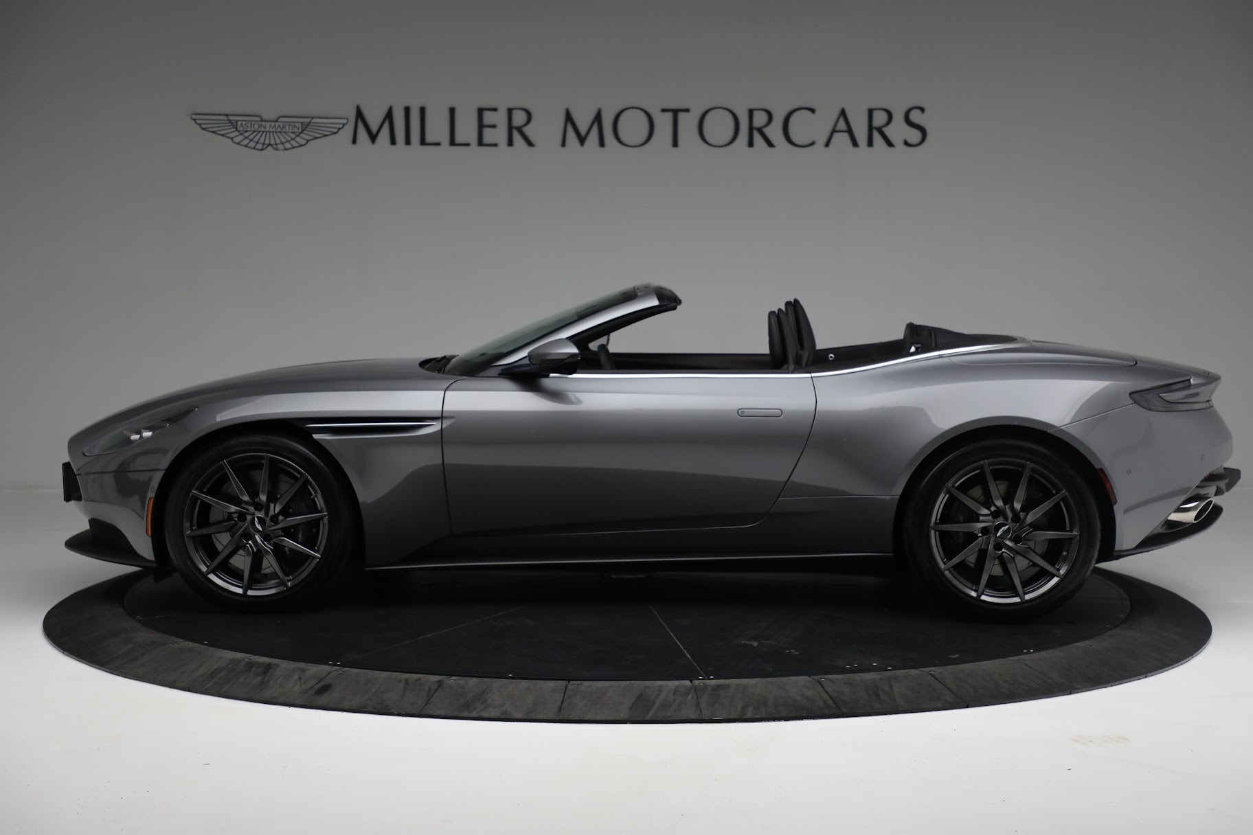New 2019 Aston Martin DB11 V8 Convertible For Sale In Greenwich, CT 3136_p2