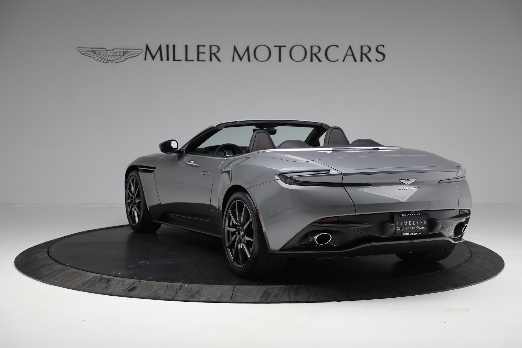 New 2019 Aston Martin DB11 V8 Convertible For Sale In Greenwich, CT 3136_p3