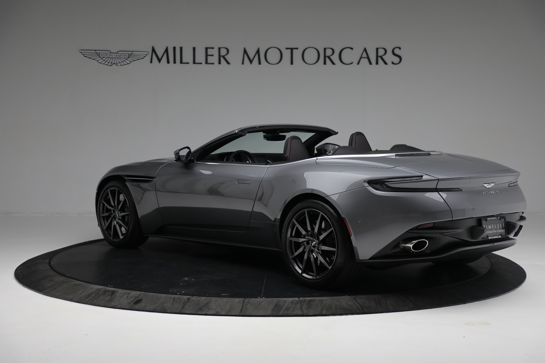 New 2019 Aston Martin DB11 V8 Convertible For Sale In Greenwich, CT 3136_p4
