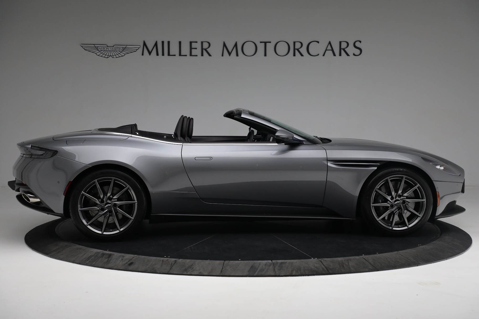 New 2019 Aston Martin DB11 V8 Convertible For Sale In Greenwich, CT 3136_p8