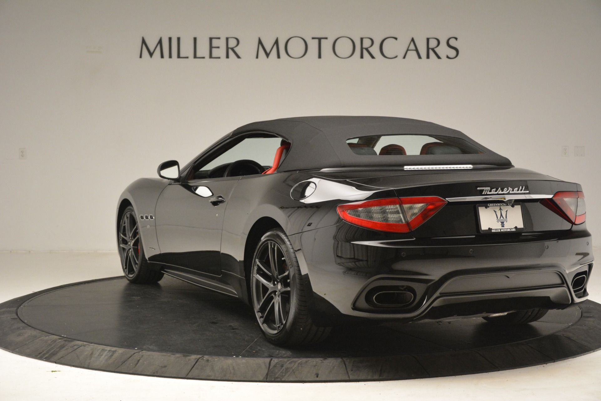 New 2018 Maserati GranTurismo Sport Convertible For Sale In Greenwich, CT 3137_p10