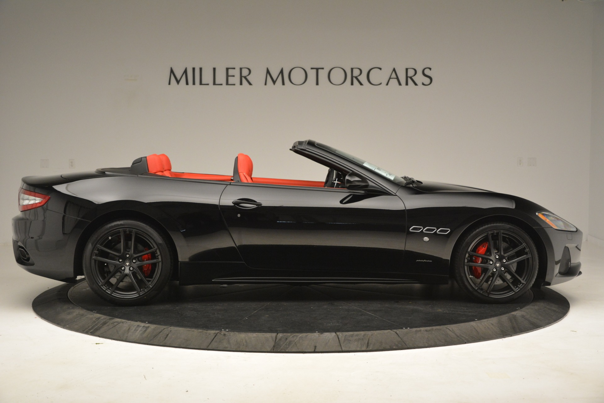 New 2018 Maserati GranTurismo Sport Convertible For Sale In Greenwich, CT 3137_p17