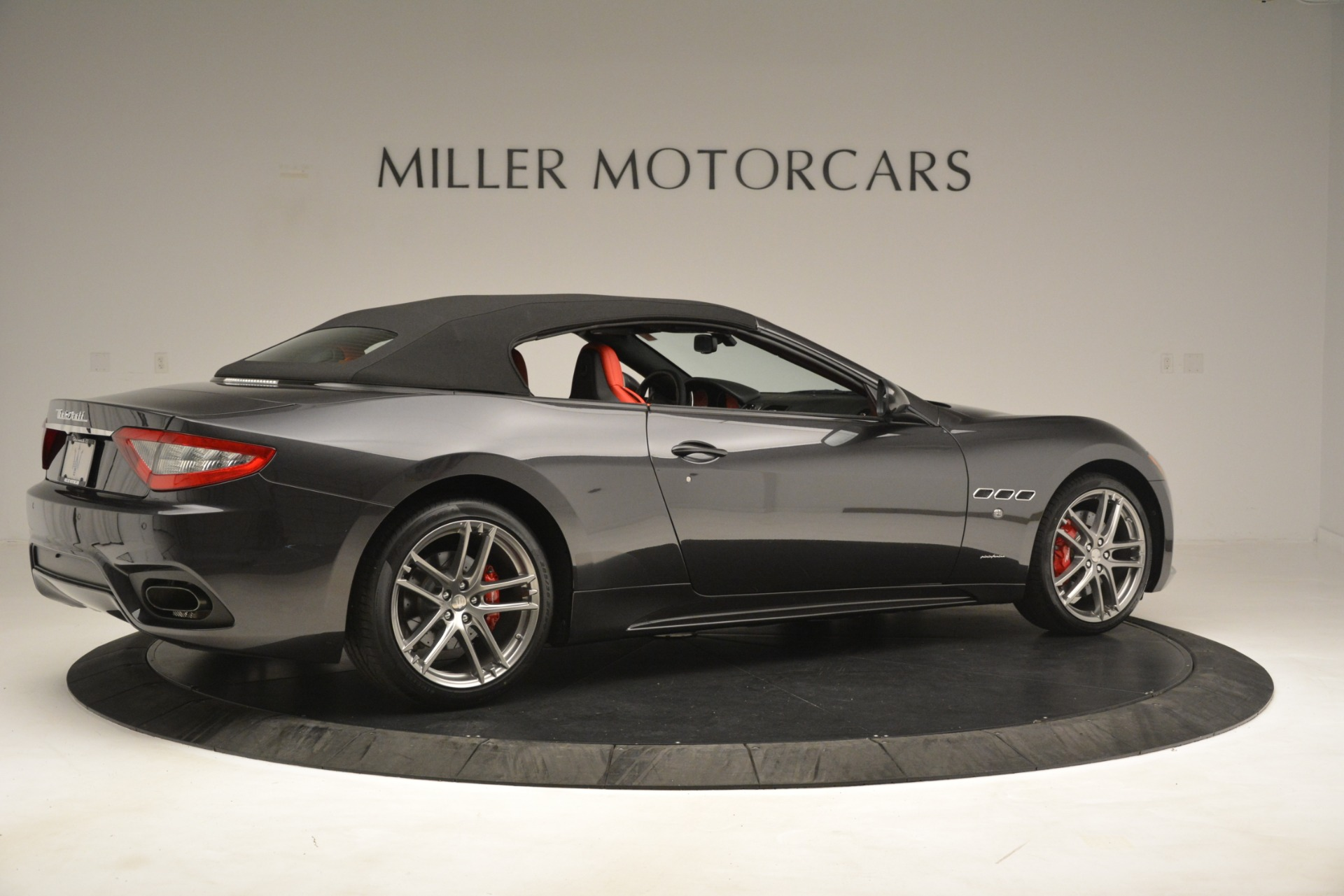 New 2018 Maserati GranTurismo Sport Convertible For Sale In Greenwich, CT 3138_p16