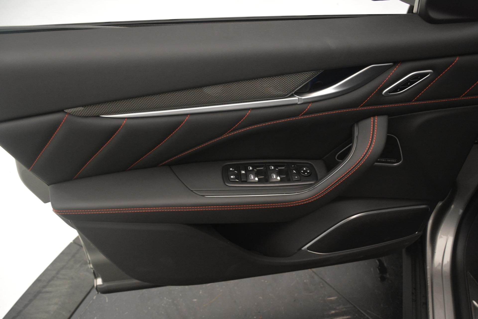 New 2019 Maserati Levante SQ4 GranSport Nerissimo For Sale In Greenwich, CT 3144_p17