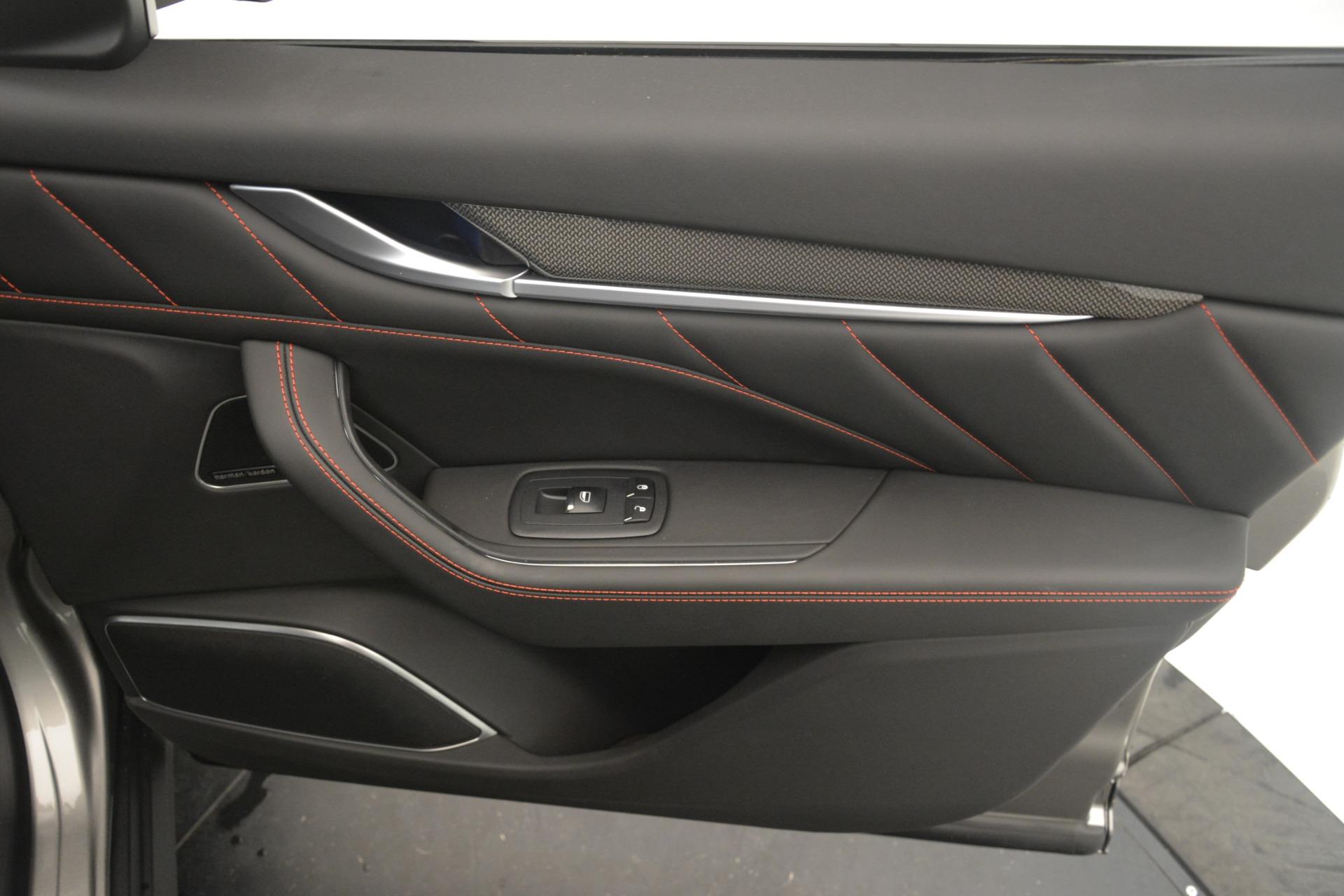 New 2019 Maserati Levante SQ4 GranSport Nerissimo For Sale In Greenwich, CT 3144_p25