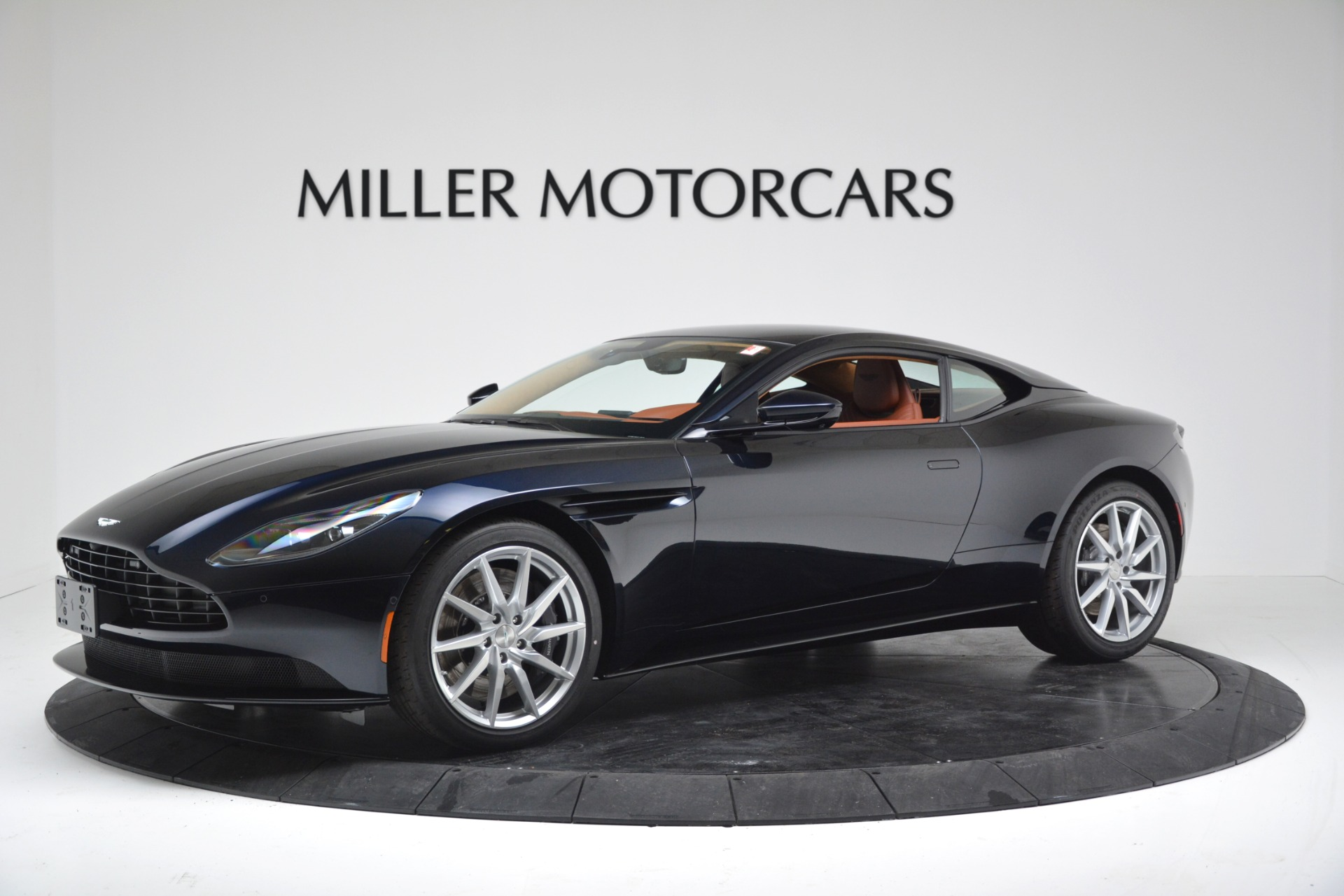 New 2019 Aston Martin DB11 V8 Coupe For Sale In Greenwich, CT 3145_main