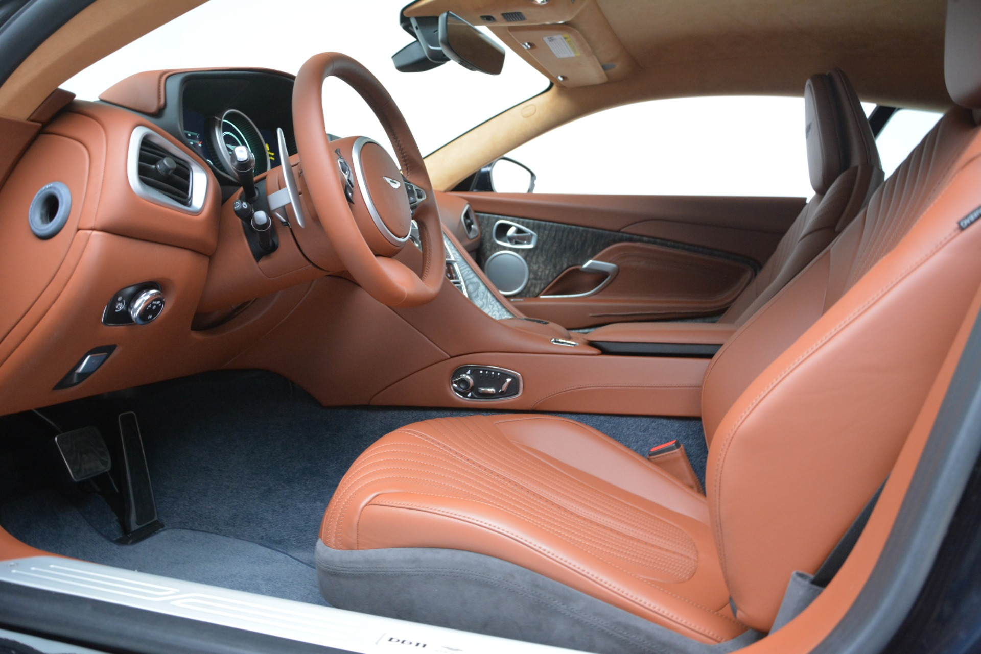 New 2019 Aston Martin DB11 V8 Coupe For Sale In Greenwich, CT 3145_p15