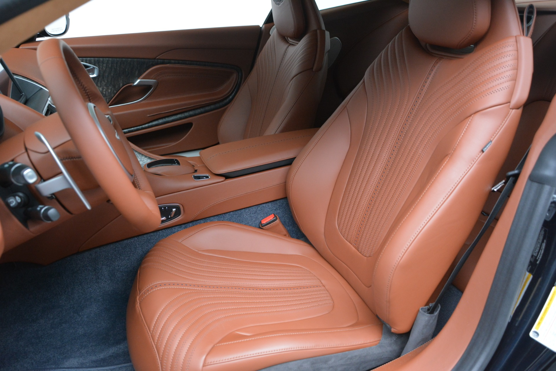 New 2019 Aston Martin DB11 V8 Coupe For Sale In Greenwich, CT 3145_p16