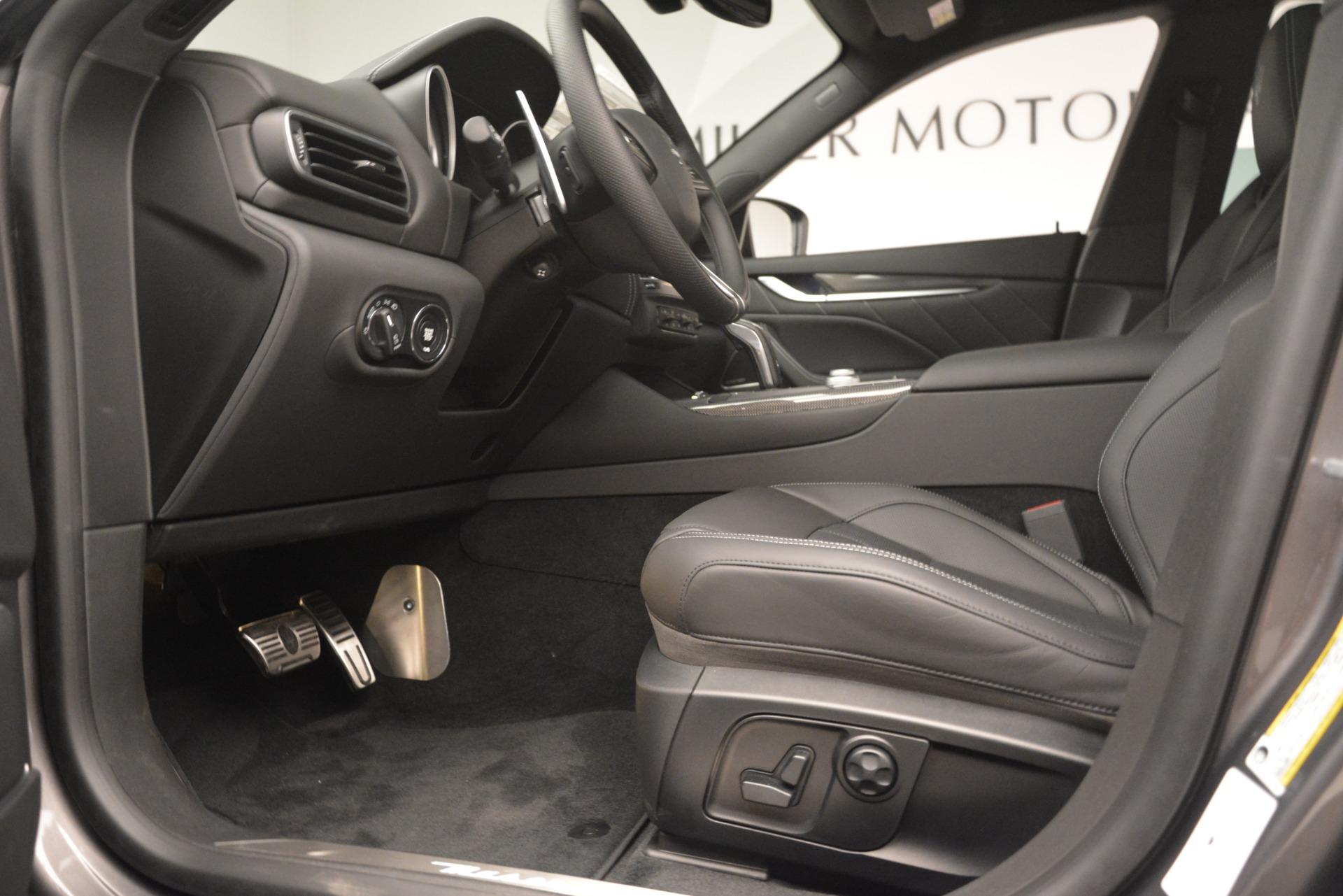 New 2019 Maserati Levante SQ4 GranSport Nerissimo For Sale In Greenwich, CT 3146_p14