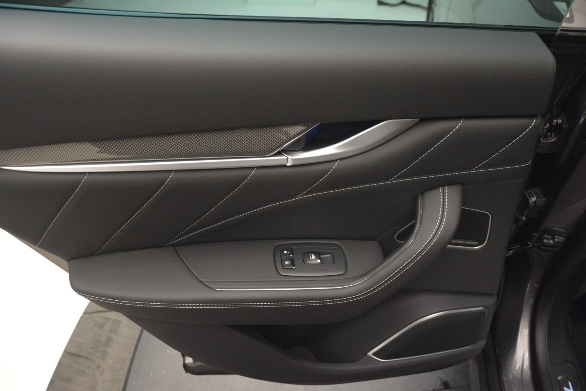 New 2019 Maserati Levante SQ4 GranSport Nerissimo For Sale In Greenwich, CT 3146_p21