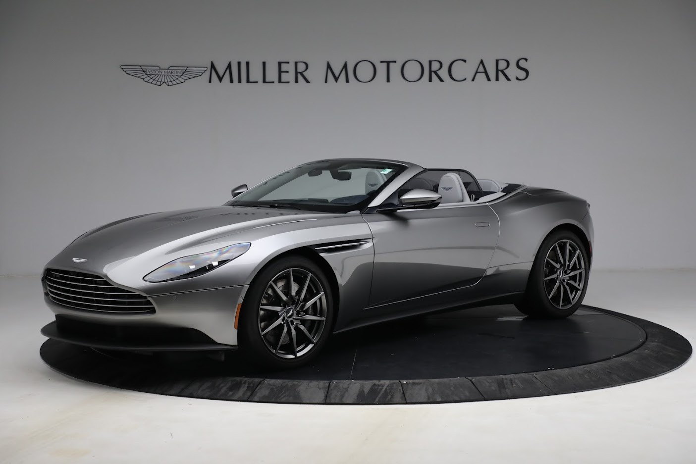 New 2019 Aston Martin DB11 V8 Convertible For Sale In Greenwich, CT 3147_main