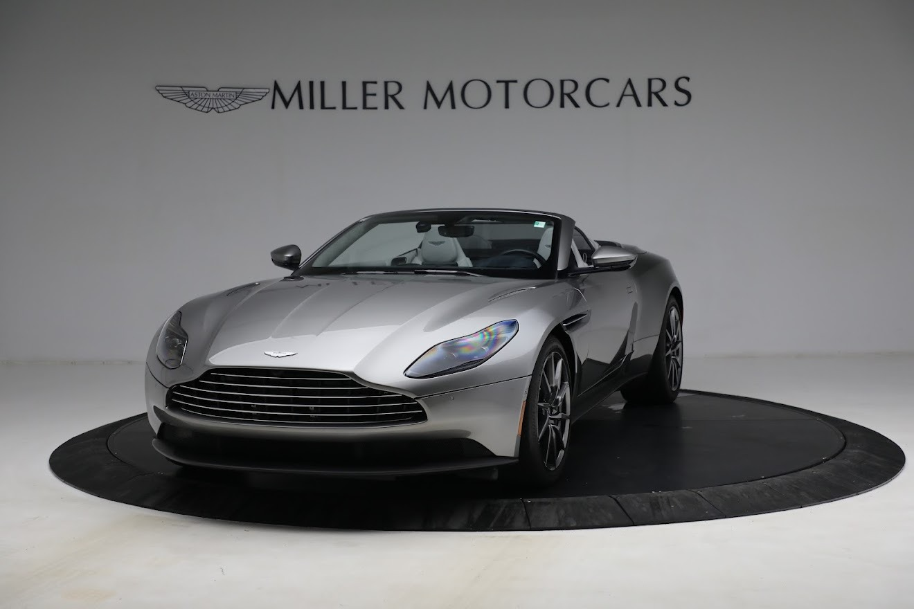 New 2019 Aston Martin DB11 V8 Convertible For Sale In Greenwich, CT 3147_p13