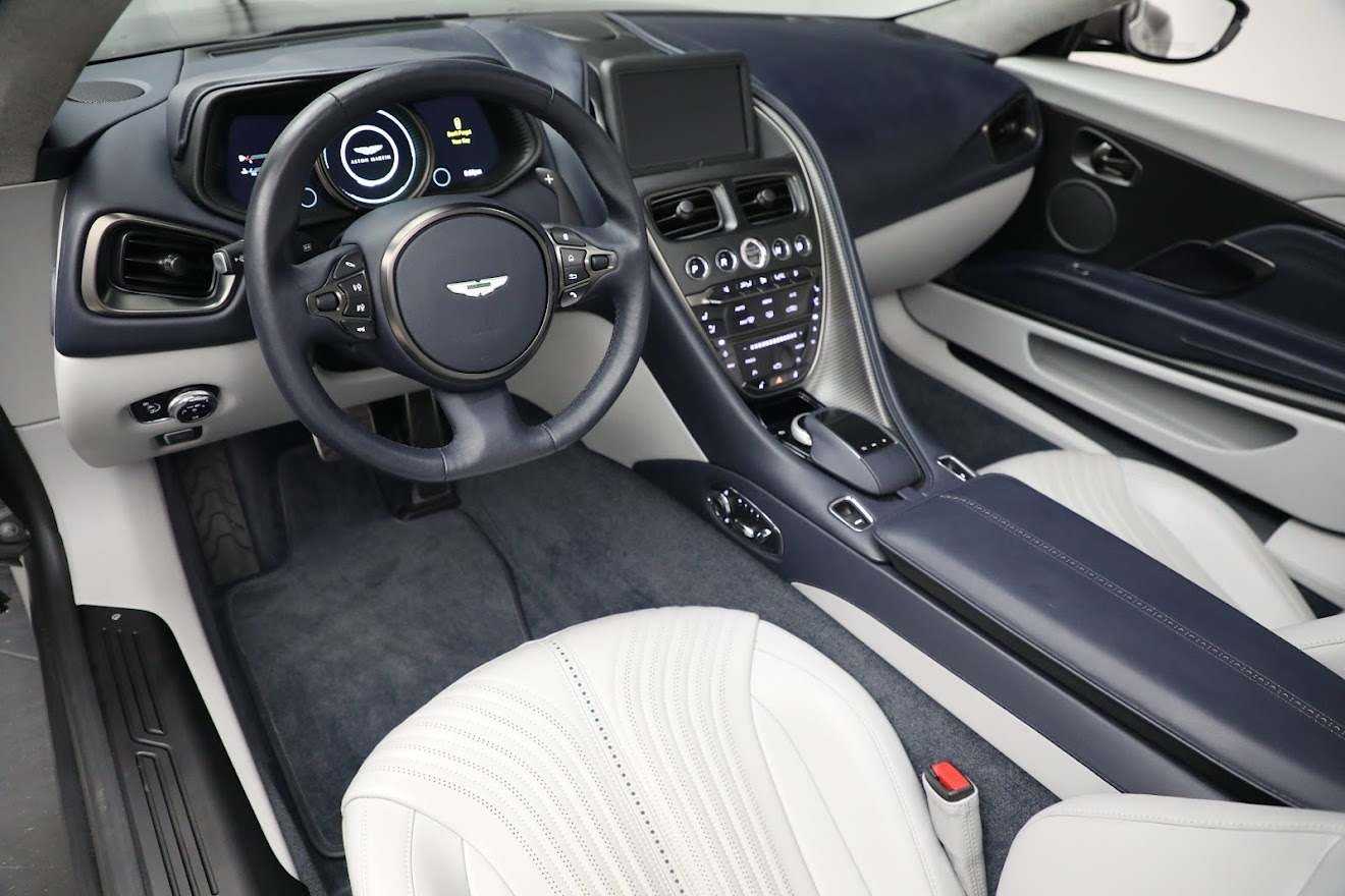New 2019 Aston Martin DB11 V8 Convertible For Sale In Greenwich, CT 3147_p21