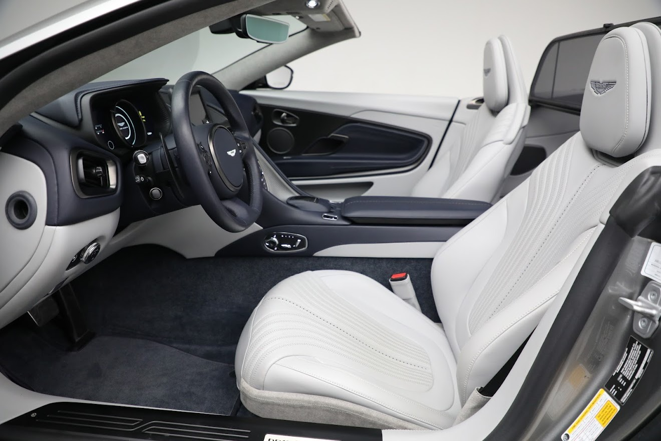 New 2019 Aston Martin DB11 V8 Convertible For Sale In Greenwich, CT 3147_p22