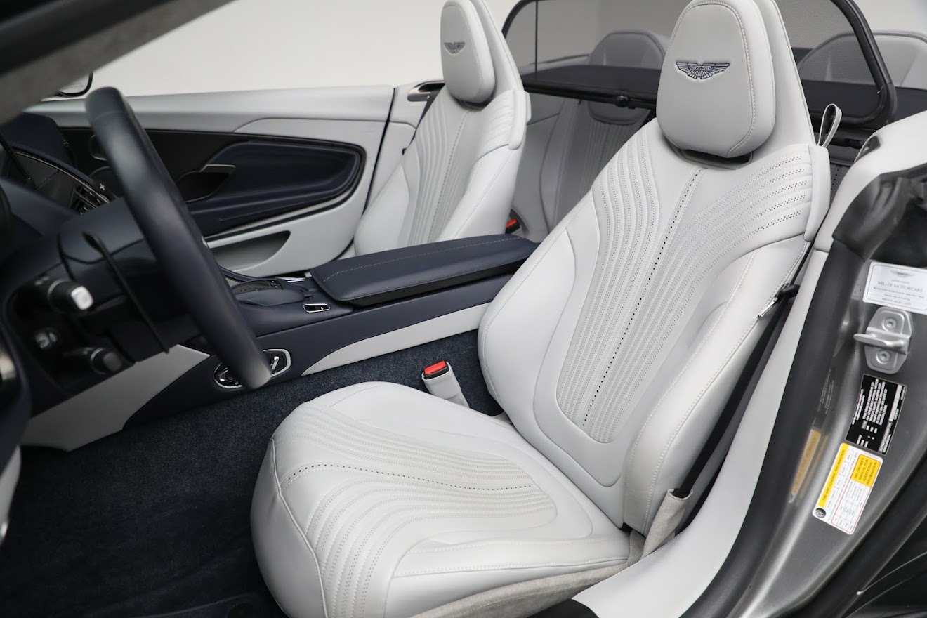 New 2019 Aston Martin DB11 V8 Convertible For Sale In Greenwich, CT 3147_p23
