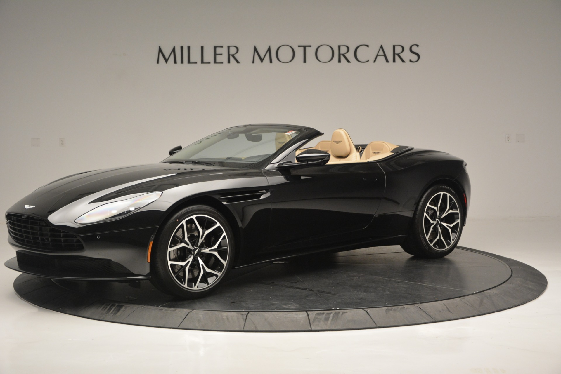 New 2019 Aston Martin DB11 V8 Convertible For Sale In Greenwich, CT 3148_main