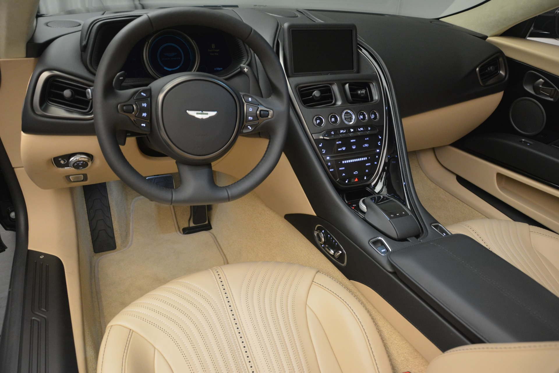 New 2019 Aston Martin DB11 V8 Convertible For Sale In Greenwich, CT 3148_p20