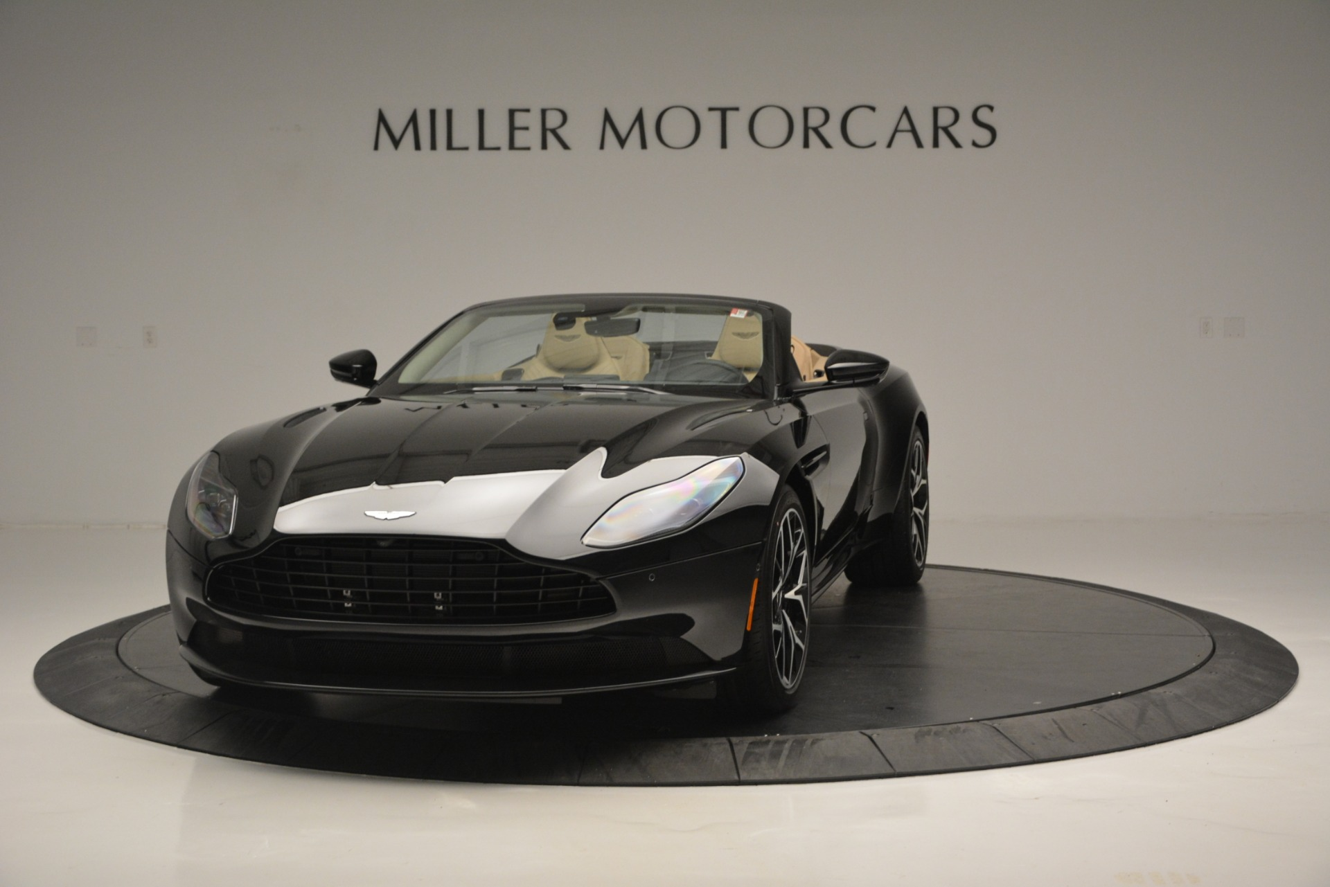 New 2019 Aston Martin DB11 V8 Convertible For Sale In Greenwich, CT 3148_p2