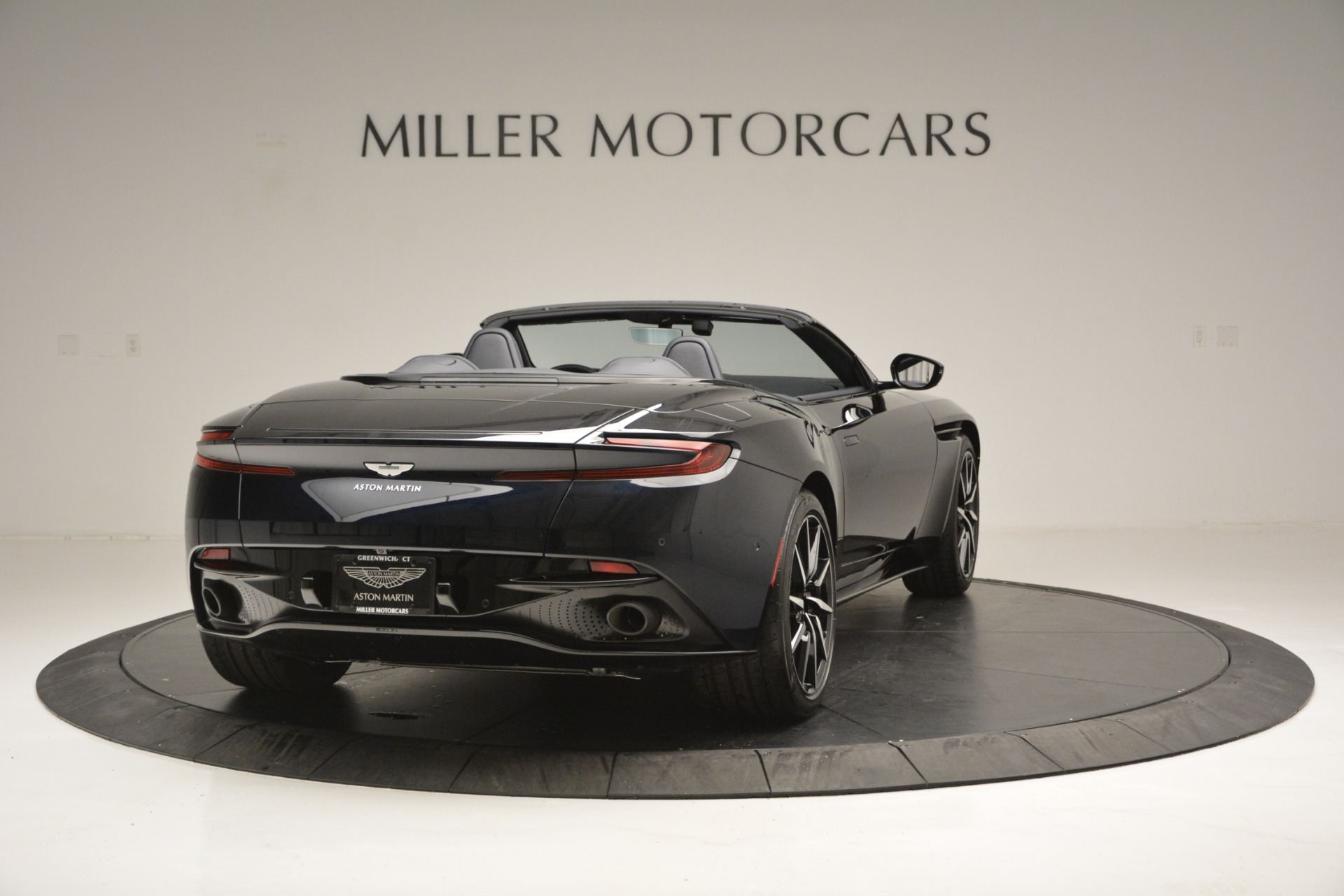 New 2019 Aston Martin DB11 V8 Convertible For Sale In Greenwich, CT 3153_p7