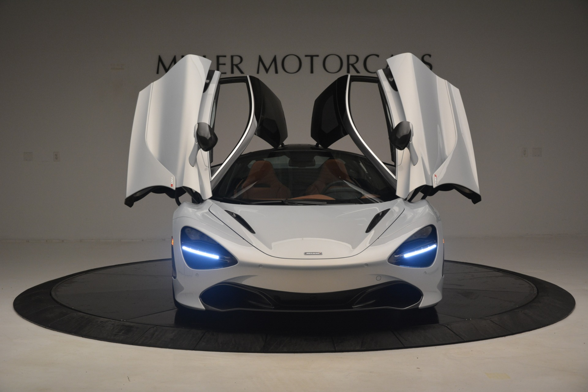 Used 2018 McLaren 720S Coupe For Sale In Greenwich, CT 3157_p13